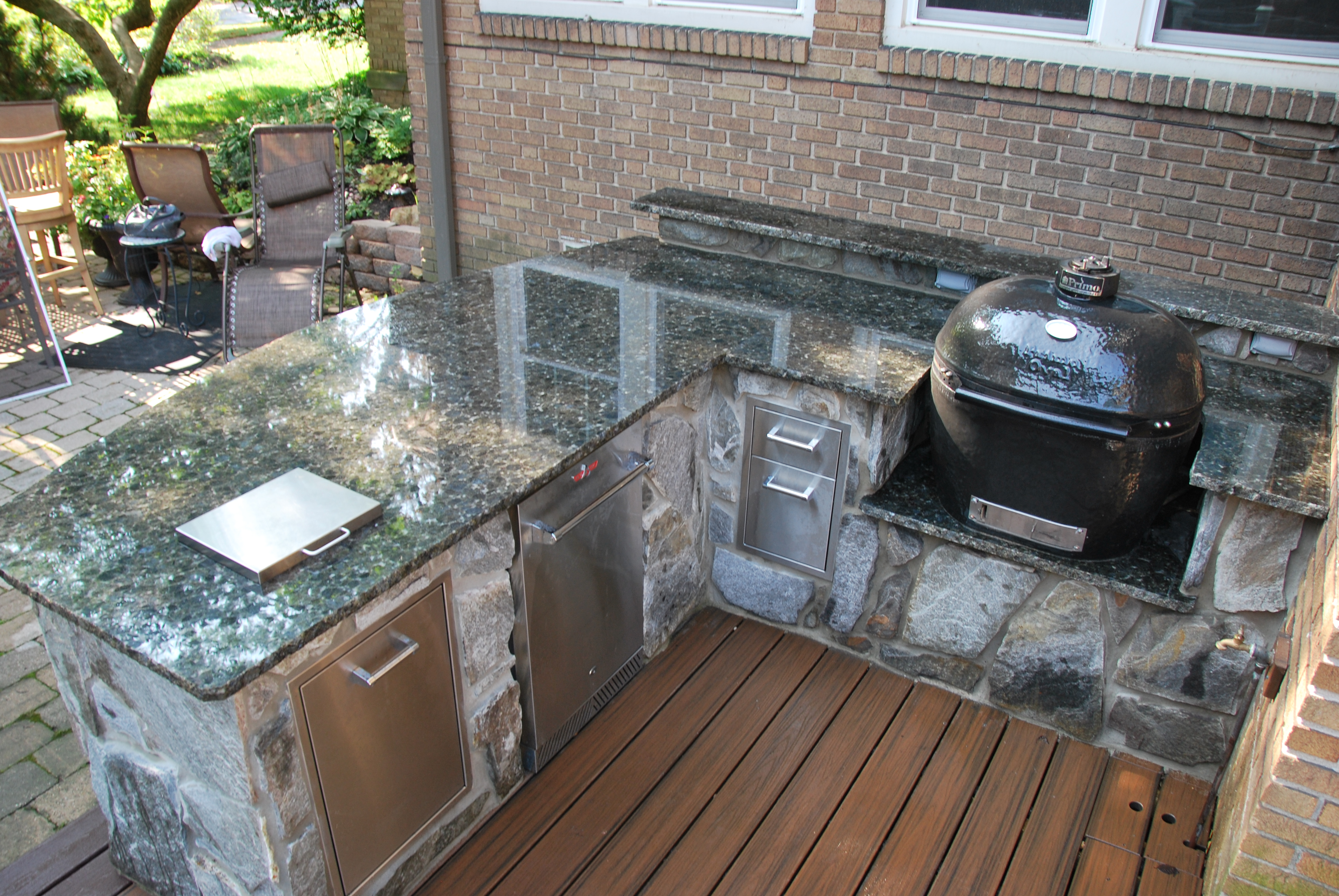 lake-outdoor-kitchen-4