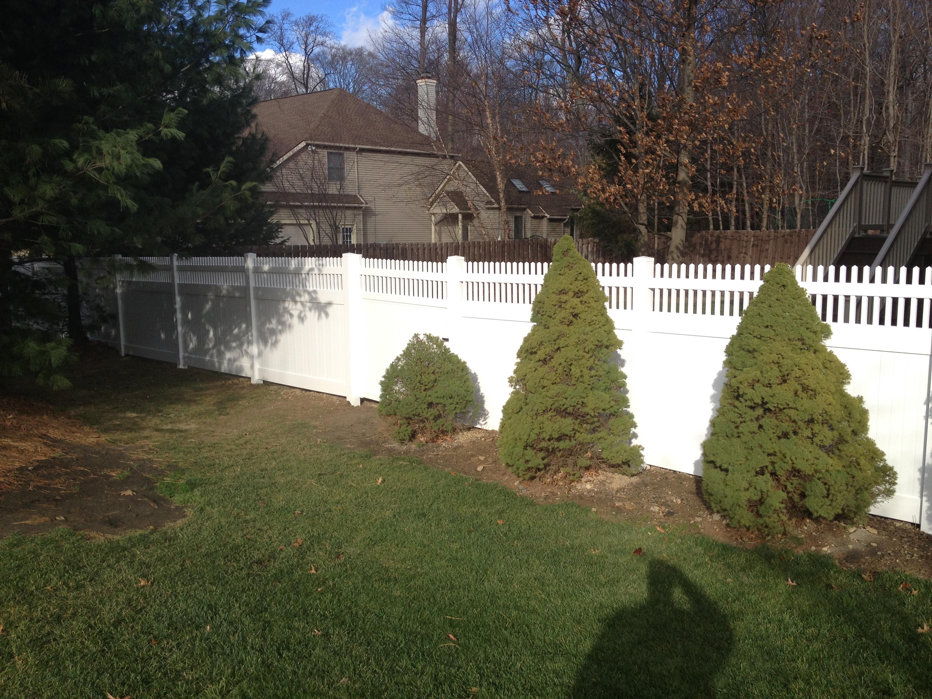 lous-fence-1