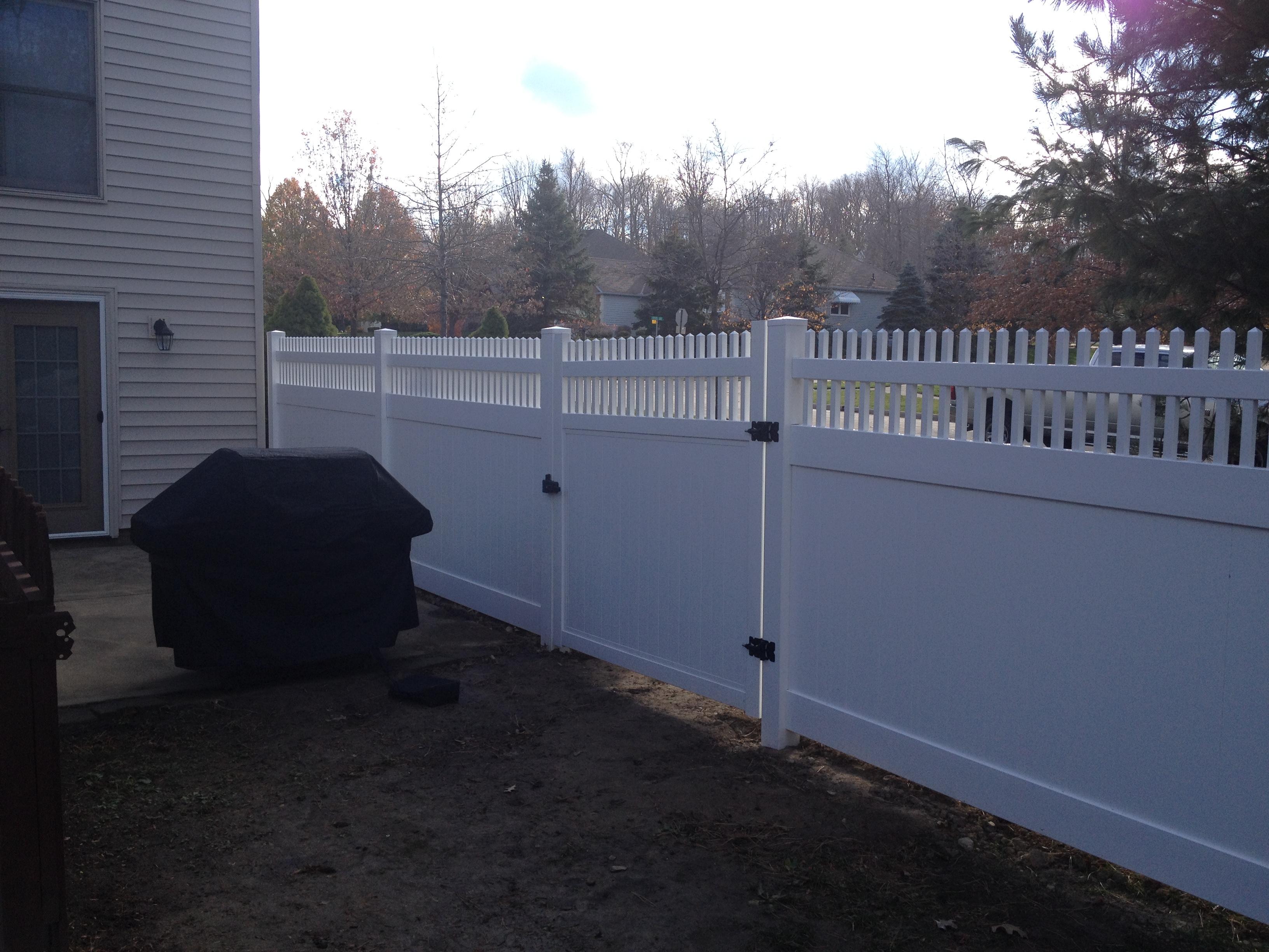 lous-fence-2