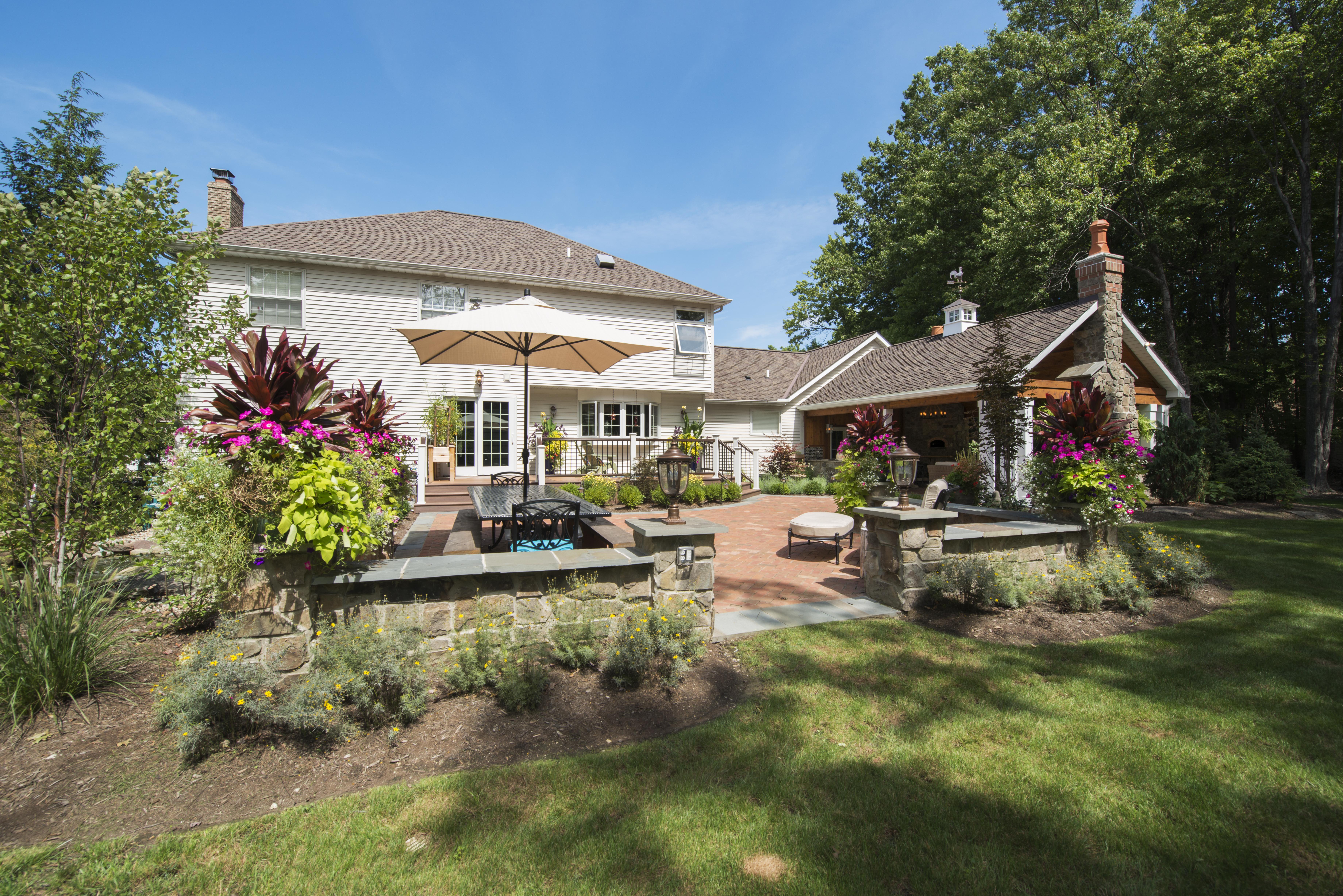 ultimate-backyard-exp-1